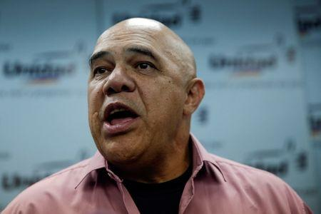Jesus Torrealba, secretary of Venezuela's coalition of opposition parties (MUD), talks to the media during a news conference in Caracas, Venezuela September 22, 2016. REUTERS/Marco Bello