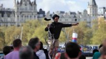 London introduces contactless payments for buskers