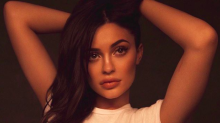 Kylie Jenner is being mum shamed because she 'had time' to change her hair