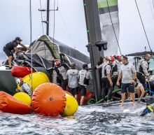 U.S. team capsizes in America's Cup challenger series