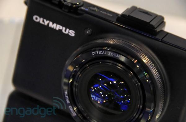 Olympus Zuiko-equipped compact camera eyes-on: optical zoom, HDMI spotted