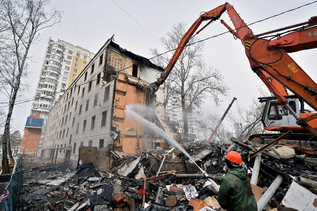 The Moscow mayor's plan to raze Soviet-era apartment blocks is being fiercely contested by many residents (AFP Photo/Natalia KOLESNIKOVA)