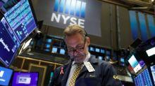 Wall Street avança com esperança de acordo comercial; Apple bate recorde