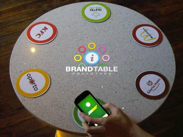 Brand Table concept revolutionizes fast food, NFC still won't make it good for you (video)