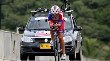 La chilena Villalón extiende su dominio en Colombia y gana la Vuelta Femenina
