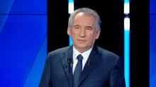 Dégressivité des allocations, contreparties au RSA: les propositions de Bayrou et Wauquiez pour l'emploi