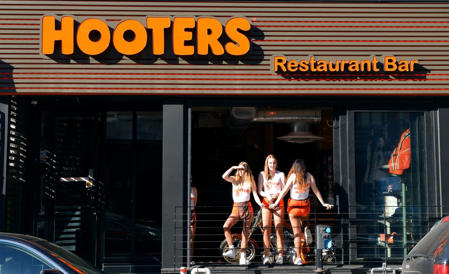 Short order: Some Hooters waitresses concerned about underwearlike new uniforms