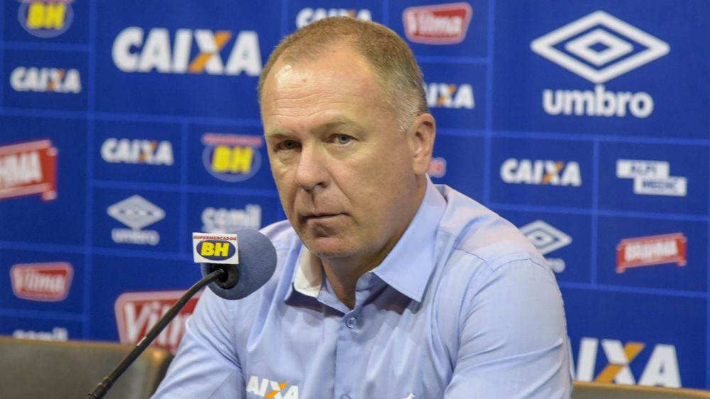 Mano confirma Ariel Cabral e Rafael Marques em jogo do Cruzeiro com o Sport