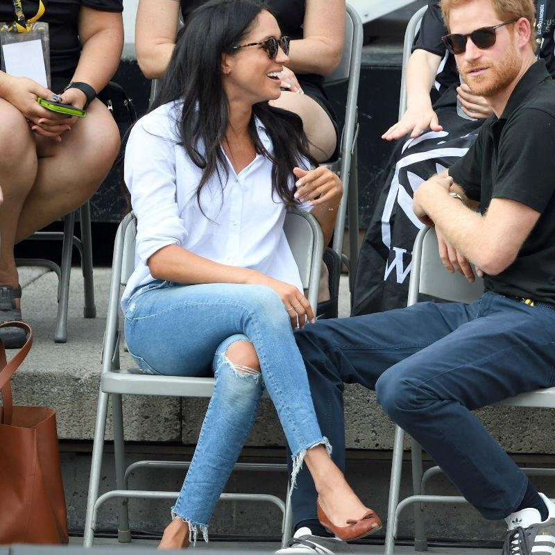 4c3af98d253e Your Guide to Meghan Markle s Favorite Beauty Products and Fashion Brands