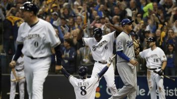 Brewers offense finally shows up at crucial time