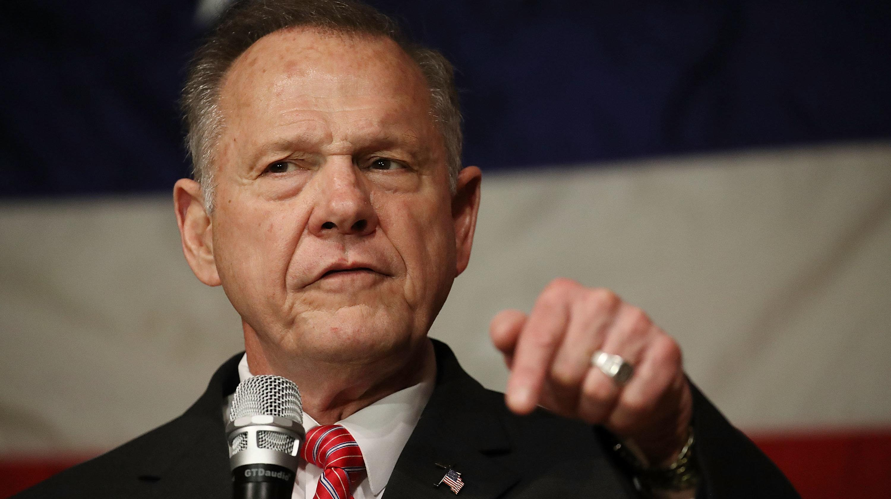 Fox News Corrects Story Claiming Roy Moore Accuser 'Forged' Candidate's Signature