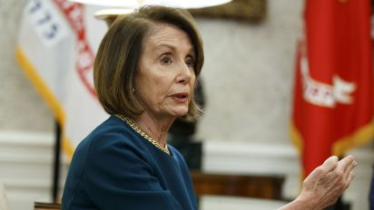 Pelosi supports agreement for House speaker term limit