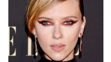 Scarlett Johansson Rocked Mysterious Smokey Cat Eye Make-up At This Special Event