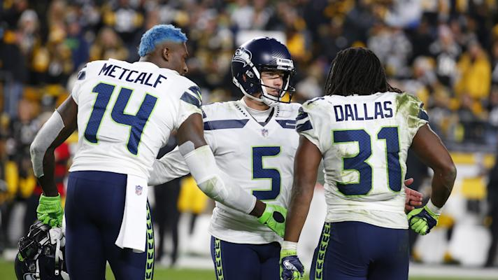 Seahawks 4th quarter catch and fumble aids Seattle FG to send game to OT