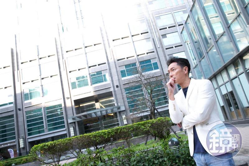 除了投資股票,謝祖武也有投資房地產並賺錢的經驗。
