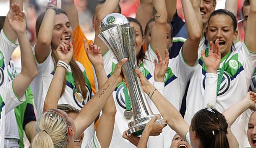 Frauen-Fußball: Wolfsburg im Pokal-Halbfinale wieder gegen Freiburg