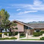 'Brady Bunch' House Goes Up for Sale, Spunky Housekeeper Not Included