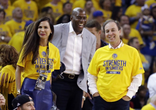 Magic Johnson finds something about the Warriors laughable. (AP)