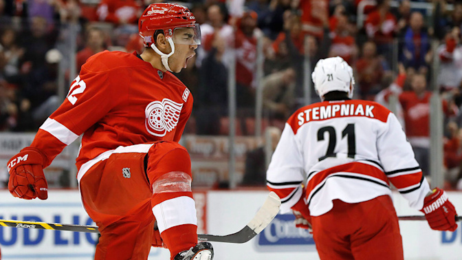 Athanasiou's KHL offer puts heat on Wings