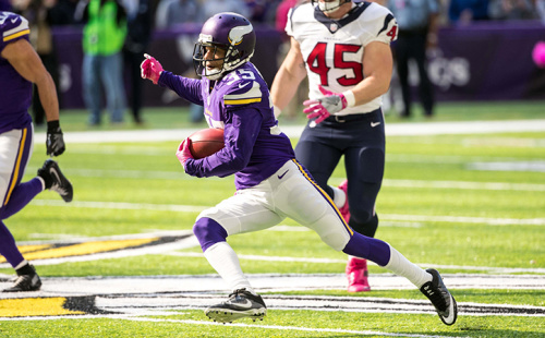 Oct 9, 2016; Minneapolis, MN, USA; Minnesota Vikings cornerback Marcus Sherels (35) returns a punt for a touchdown during the second quarter against the Houston Texans at U.S. Bank Stadium.