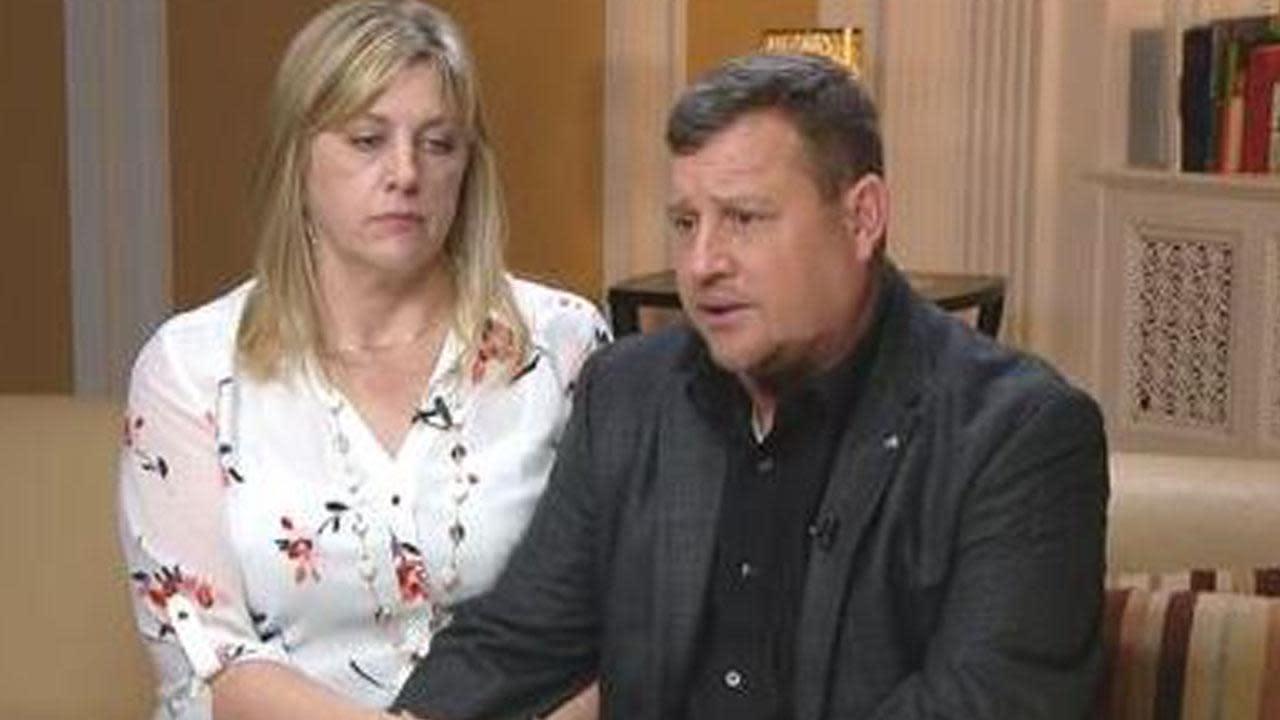 James and Kimberly Snead Say Nikolas Cruz Had a 'Right to Own' AR-15