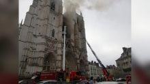 Nantes : l'incendie dans la cathédrale Saint-Pierre et Saint-Paul est désormais circonscrit, la piste criminelle privilégiée