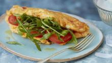 Ricotta, tomato and rocket souffle omelette