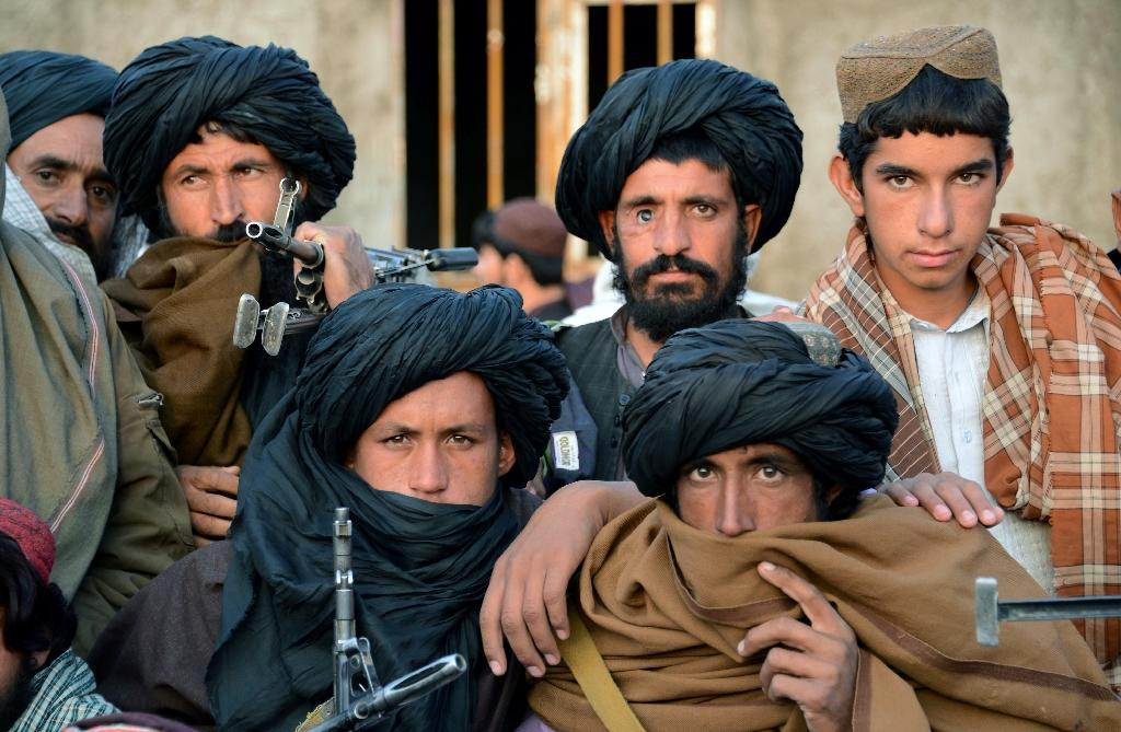 """Afghan officials are pushing to create """"safe zones"""" for Taliban insurgents in a bid to wean them away from their traditional sanctuaries inside Pakistan (AFP Photo/Javed Tanveer)"""