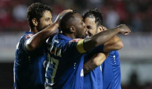 Operados, Manoel e Ariel Cabral são desfalques no Cruzeiro