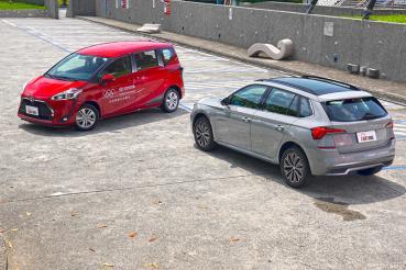 選CUV還是MPV?我們請到Skoda Kamiq與Toyota Sienta來場矛與盾的對決!(動態表現)