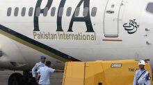 US bars Pakistani flights after pilot-license scandal