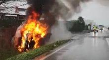 Auto esplode a Padova, sfiorata la tragedia: uomo vivo per miracolo