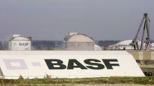 BASF reports drop in net profit
