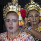 Thai leader threatens punishment for false vaccine news