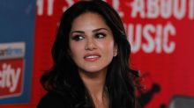 Sunny Leone bags Yahoo's most-searched personality award for the 5th consecutive year and this is how she reacts