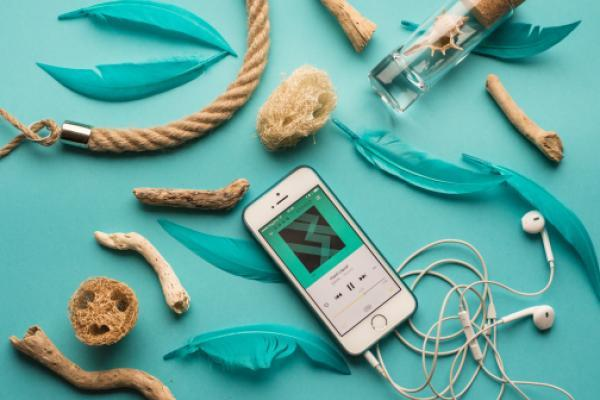 Apple Revamps Music Radio Service With A Rebranded Beats 1, And Two New Stations thumbnail