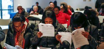 Ventas minoristas de EEUU se disparan, caen los pedidos de subsidios por desempleo