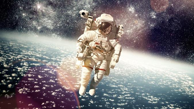 NASA gets inundated with astronaut applications