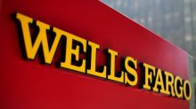 Wells Fargo revises expense outlook, signalling profit difficulties ahead