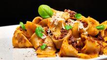 Ni salsa de tomate triturada ni carne picada: la verdadera boloñesa se hace de otra manera