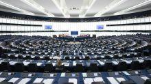 Gli eurodeputati hanno uno stipendio a vita: vero o falso?