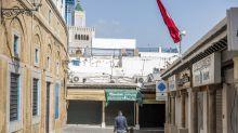 Mobile Roboter überwachen in Tunesien die Ausgangssperre