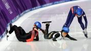 Medal favourite Blondin crashes in mass start
