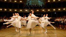 Los abusos de una famosa academia de ballet que alentó a niños bailarines a fumar para mantenerse delgados