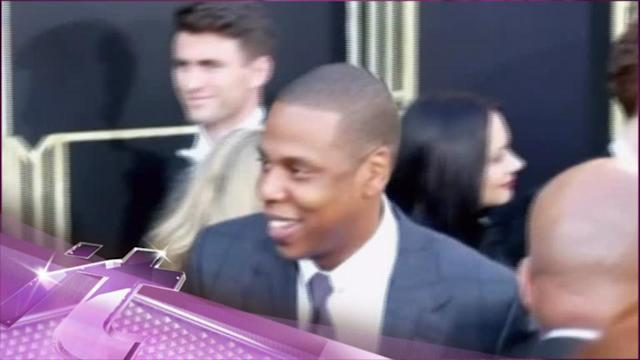 Entertainment News Pop: Jay-Z Performs Picasso Baby As Live Art At NYC's Pace Gallery!