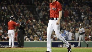Chris Sale admitted to hospital with stomach illness