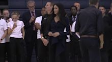 Harry and Meghan join future sports stars in netball session