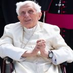 Former Pope Benedict is seriously ill - newspaper
