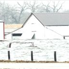 2 dead after historic flooding hits Nebraska