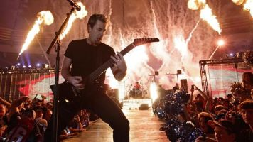 Arena rockers Nickelback, Stone Temple Pilots team up for nostalgia tour